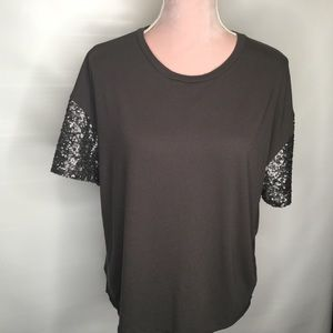 American Eagle Outfitters top. Size L
